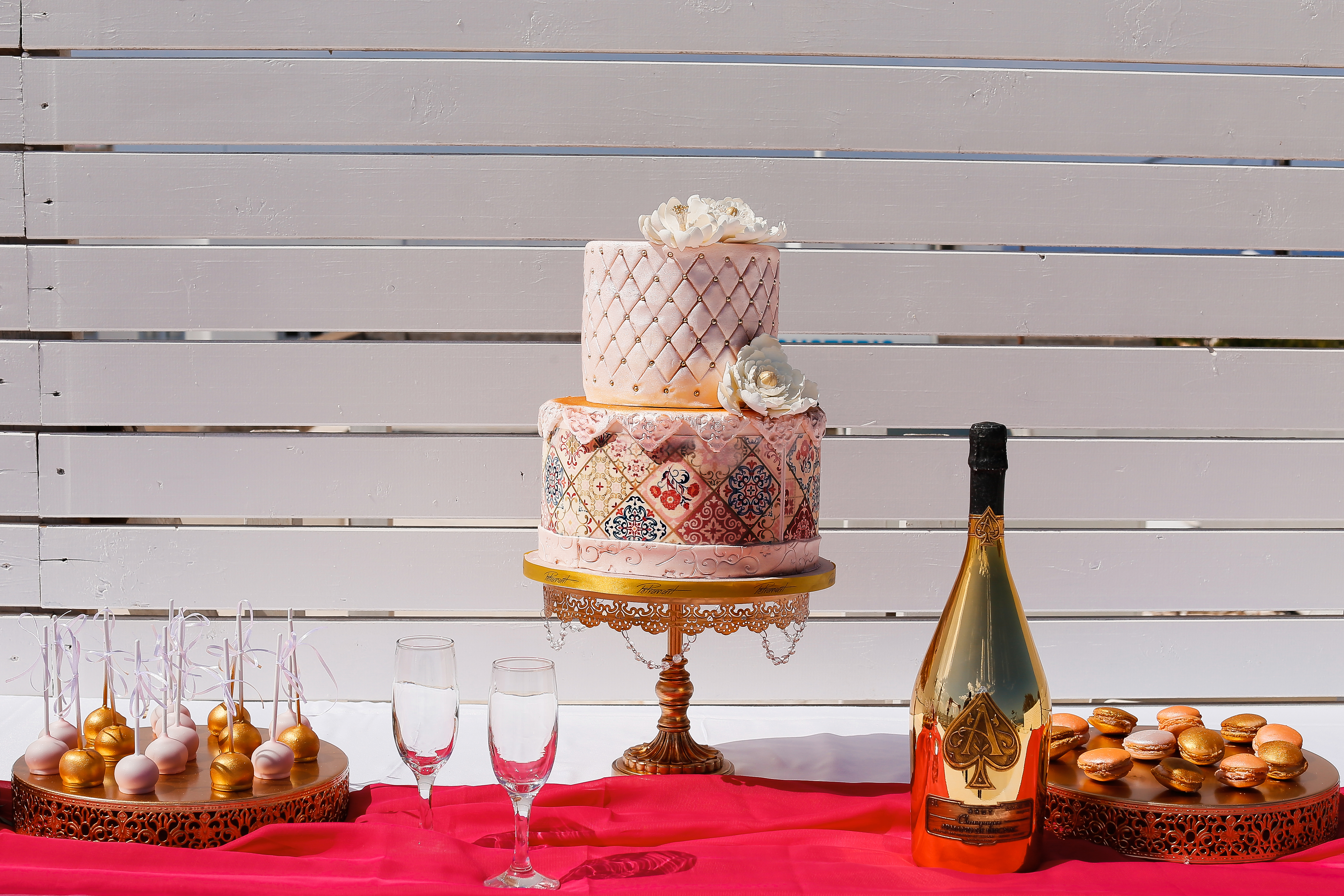 Asian-destination-wedding-planning-cake