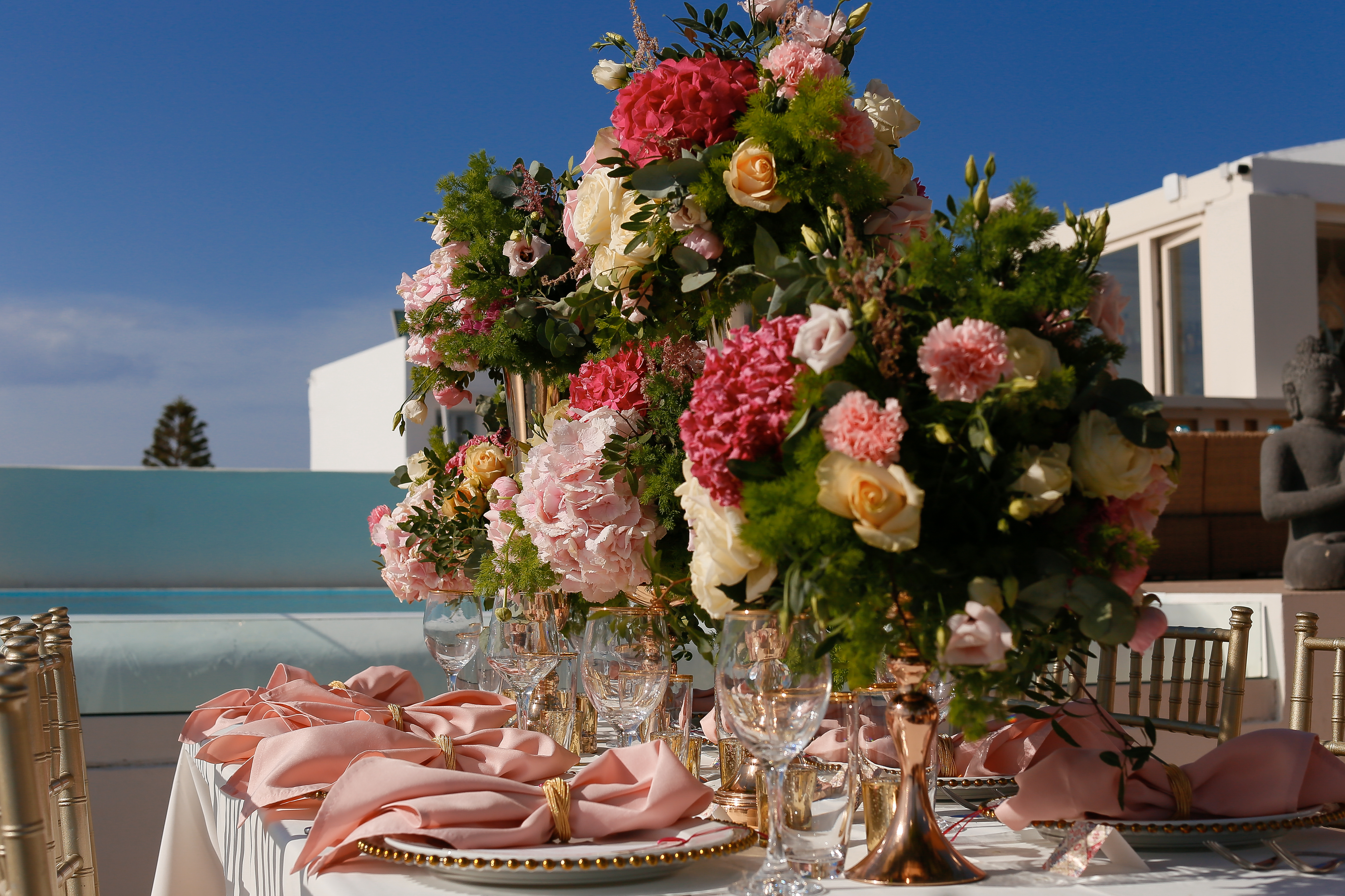 Asian-destination-wedding-planning-table-decor